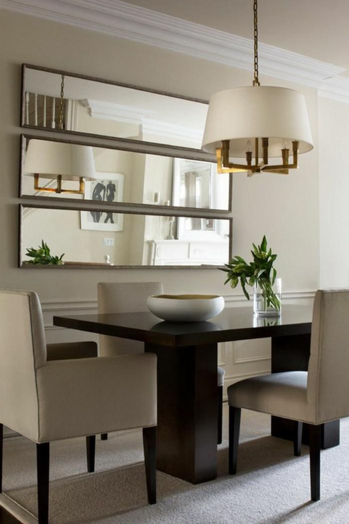 jolie-et-elagante-salle-à-manger-contemporaine-chaises-contemporaines-salle-manger-beige-lustre-beige-couleur-taupe