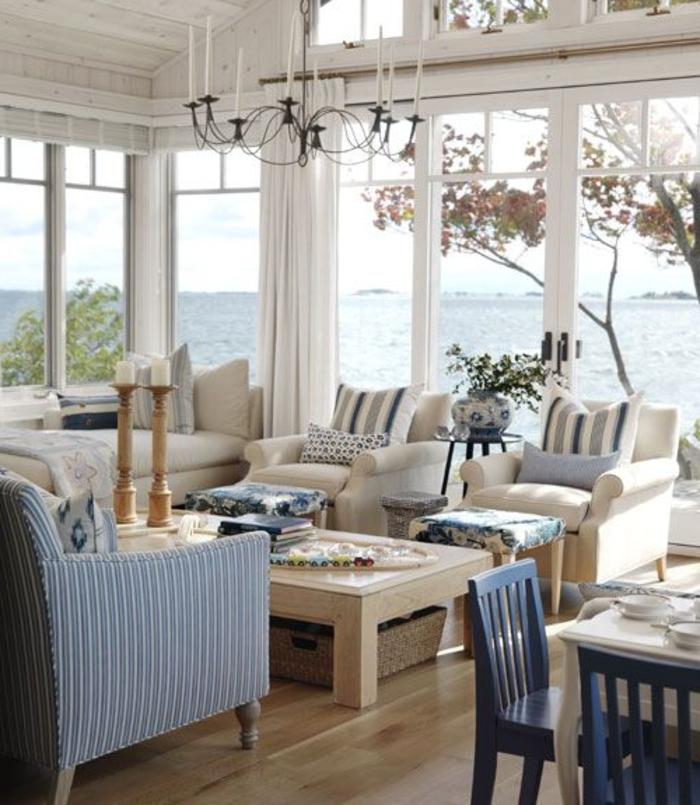 jolie-véranda-en-kit-de-style-retro-chic-plafond-en-verre-et-meubles-d-interieur-modernes
