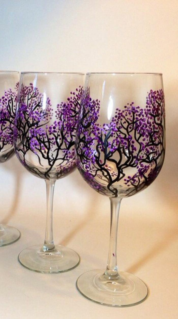 jolie-vriante-pour-decorer-les-verres-à-vin-arbre-fleuri-sur-vos-verres-à-vin