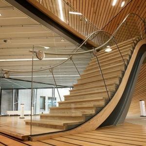 Le meuble chaussure design organise de petites expositions for Fabriquer un escalier en bois exterieur