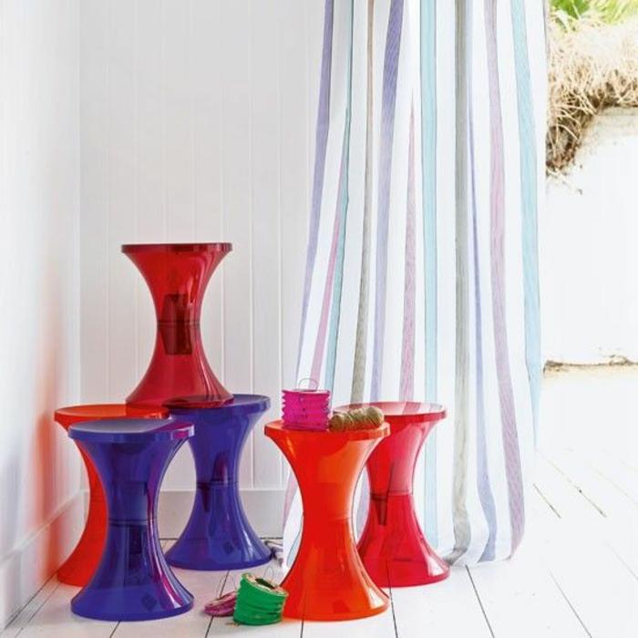 la-tabouret-tam-tam-en-plastique-coloré-pas-cher-de-différente-couleure-pour-l-intérieur