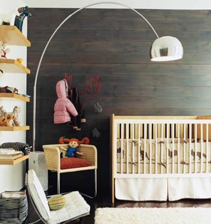 lampe-en-forme-d-arc-pour-la-chambre-d-enfant-lampadaire-alinea-pour-la-chambre-d-enfant-mur-de-parquet