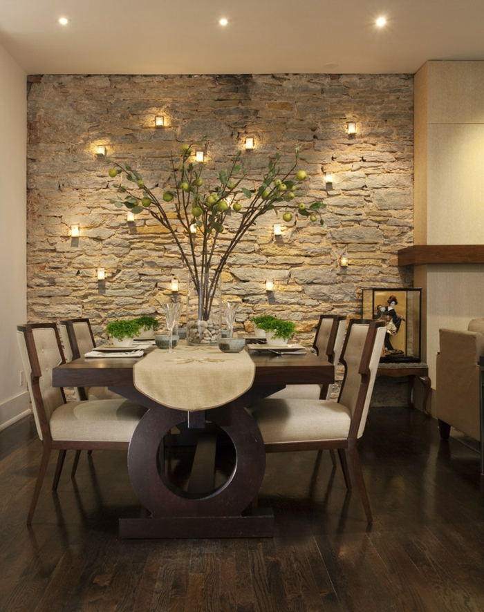 lanterne-photophore-bougeoirs-photophores-muraux-vase-table-et-chaises-salle-à-manger