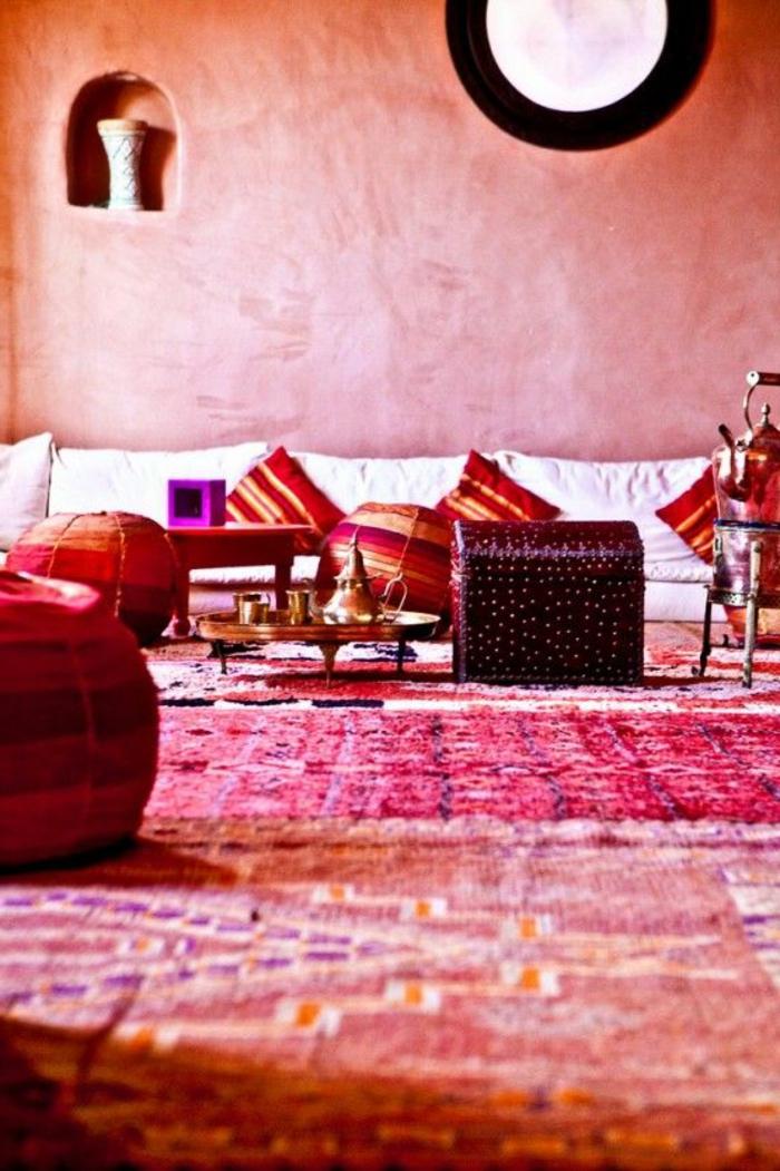 le-bon-coin-salon-marocain-interieur-rouge-meubles-rouges-et-violets-interieur-marocain