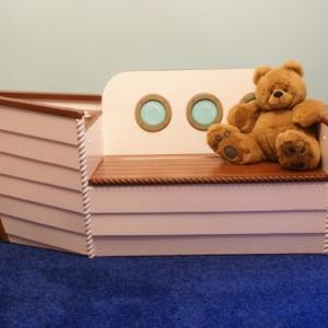 Le coffre à jouets - idées décoration chambre enfant