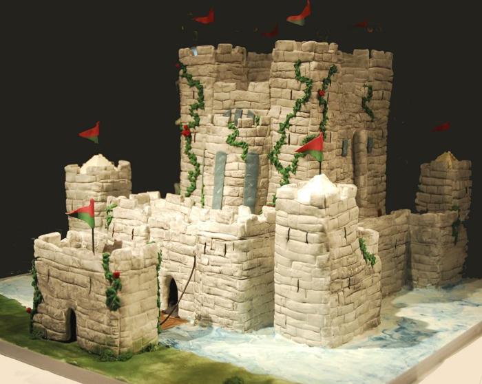 le-gateau-chateau-médiéval-cool-idée-gâteau-anniversaire-gateau-mariage