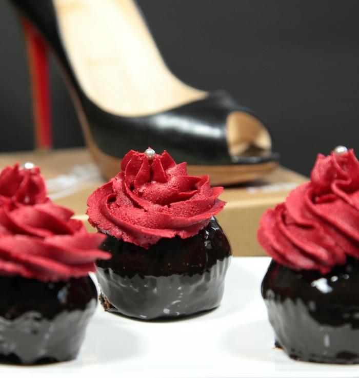 le-glacage-a-cupcake-glacage-pour-cupcakes-glacage-cupcake-le-plaisir-de-patisserie