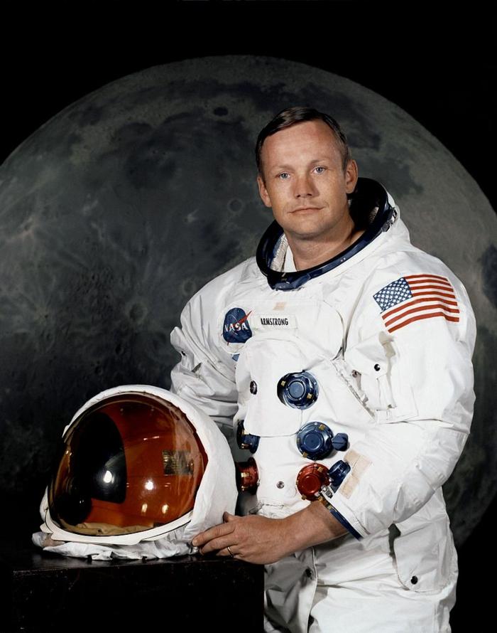 le-premier-pas-sur-la-lune-atterrissage-sur-lune-neil-armstrong