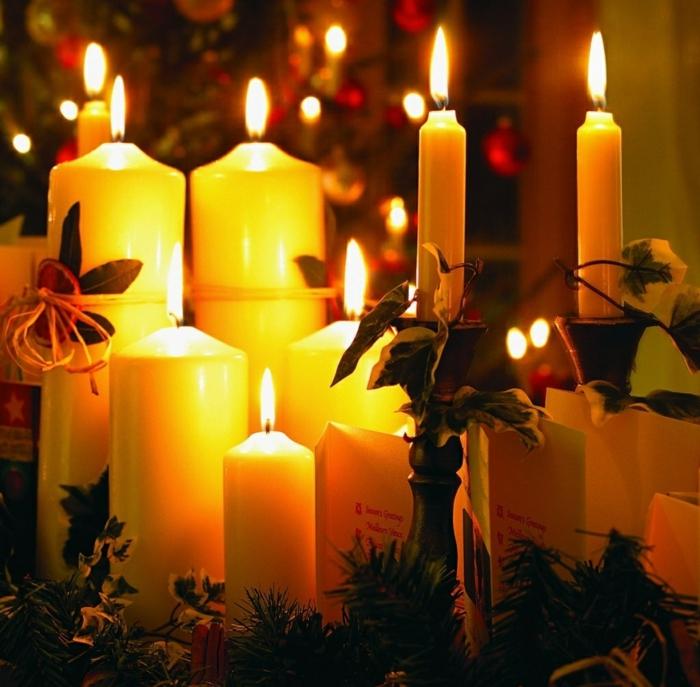 les-bougies-de-noël-sapin-blanc-bougies-noel-beau
