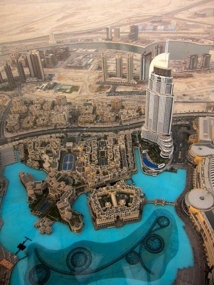 les-gratte-ciel-plus-hauts-dubai-d-un-vue-oisseau-plus-haut-gratte-ciel-du-monde-a-dubai