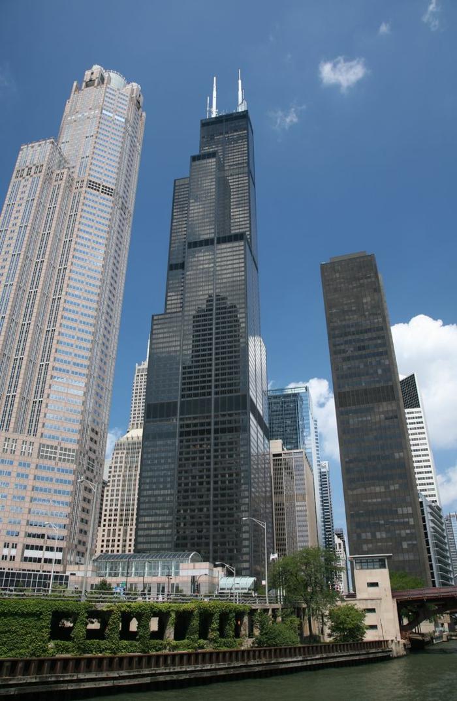 les-grattes-ciel-plus-haut-chicago-gratte-ciels-modernes-batiment-publique-chicago