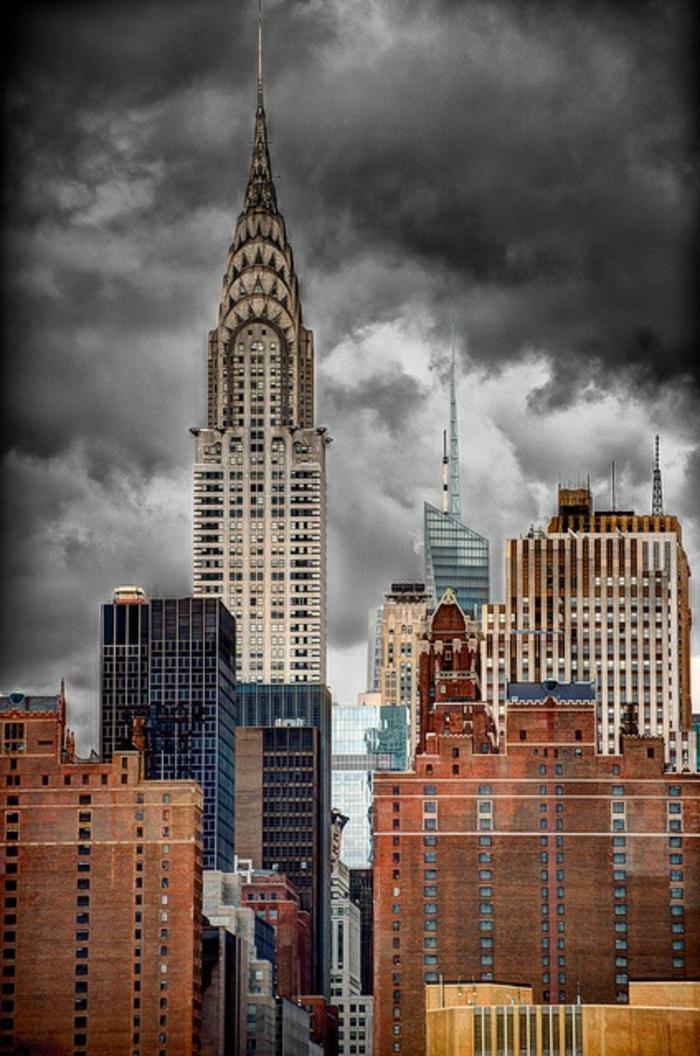 les-grattes-ciel-plus-haut-gratte-ciel-du-monde-new-york-dans-toute-sa-beaté-mondiale-batiment