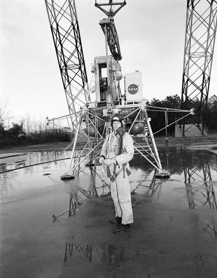 les-premiers-pas-sur-la-lune-Neil-Armstrong-