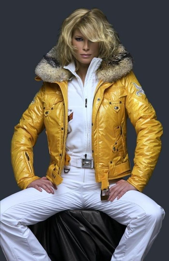 manteau-de-ski-femme-manteau-ski-roxy-jaune-pour-les-filles-blondes