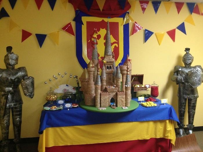 matiné-faire-tout-pour-anniversaire-chevalier-gâteau-château