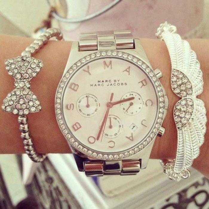 montre-marc-jacobs-comment-porter-la-montre-comme-un-bijou