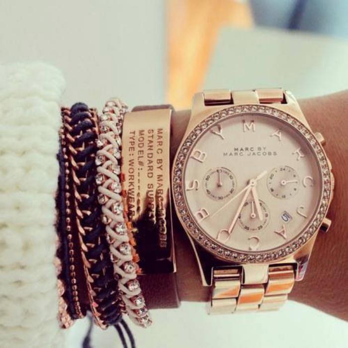 montre-marc-jacobs-montre-et-bracelet-marc-jacobs-plusieurs-bracelets