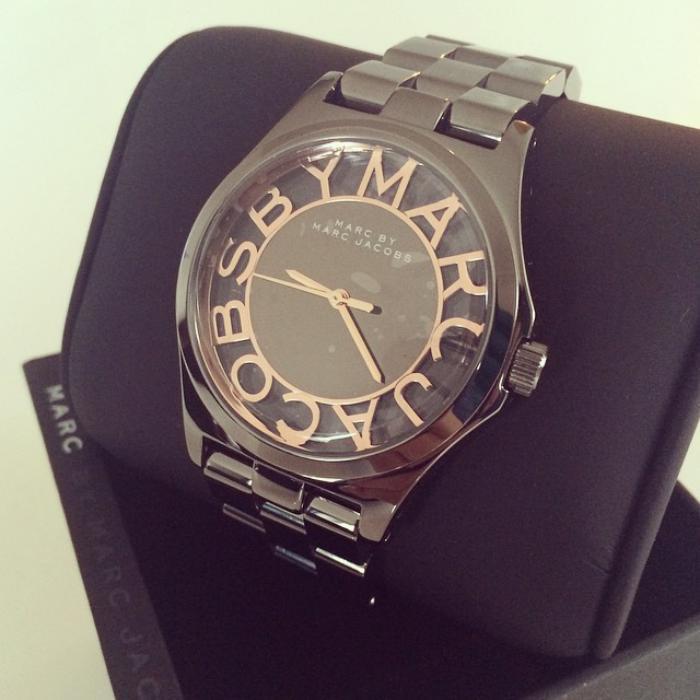 montre-marc-jacobs-offrir-un-beau-cadeau-montre-stylée