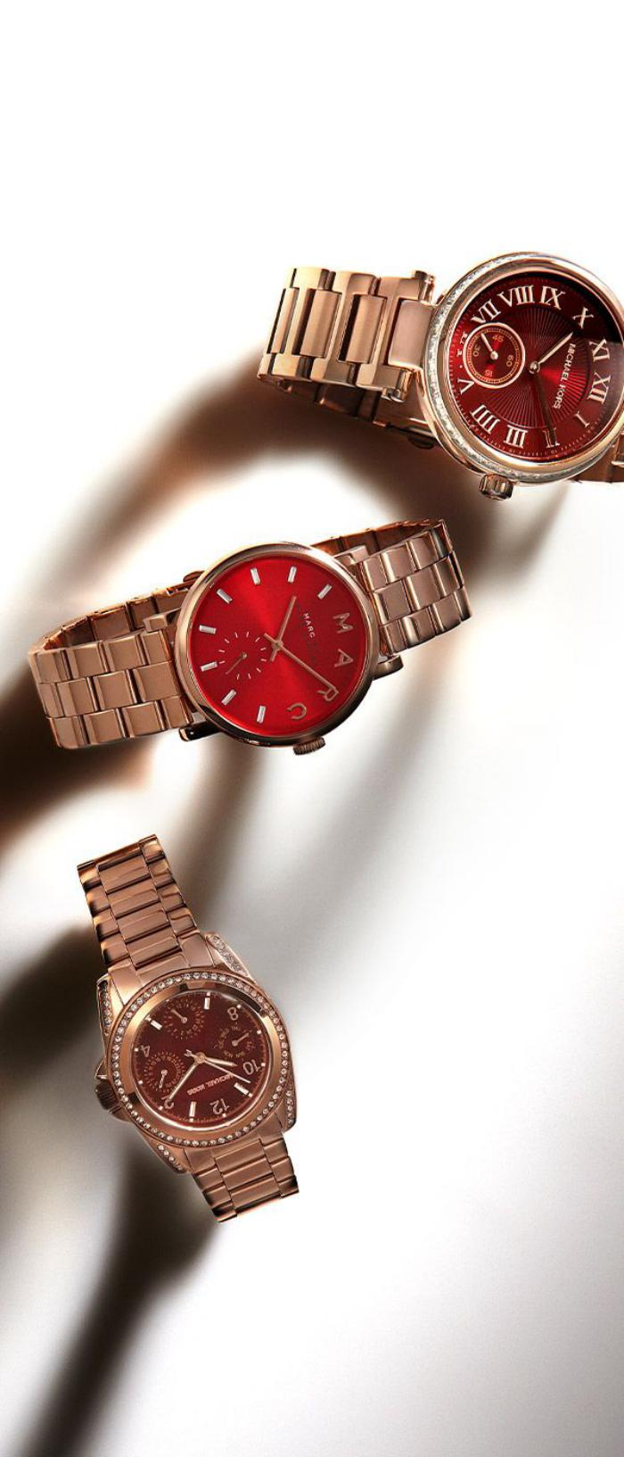 montre-marc-jacobs-trois-montres-cadrans-rouges