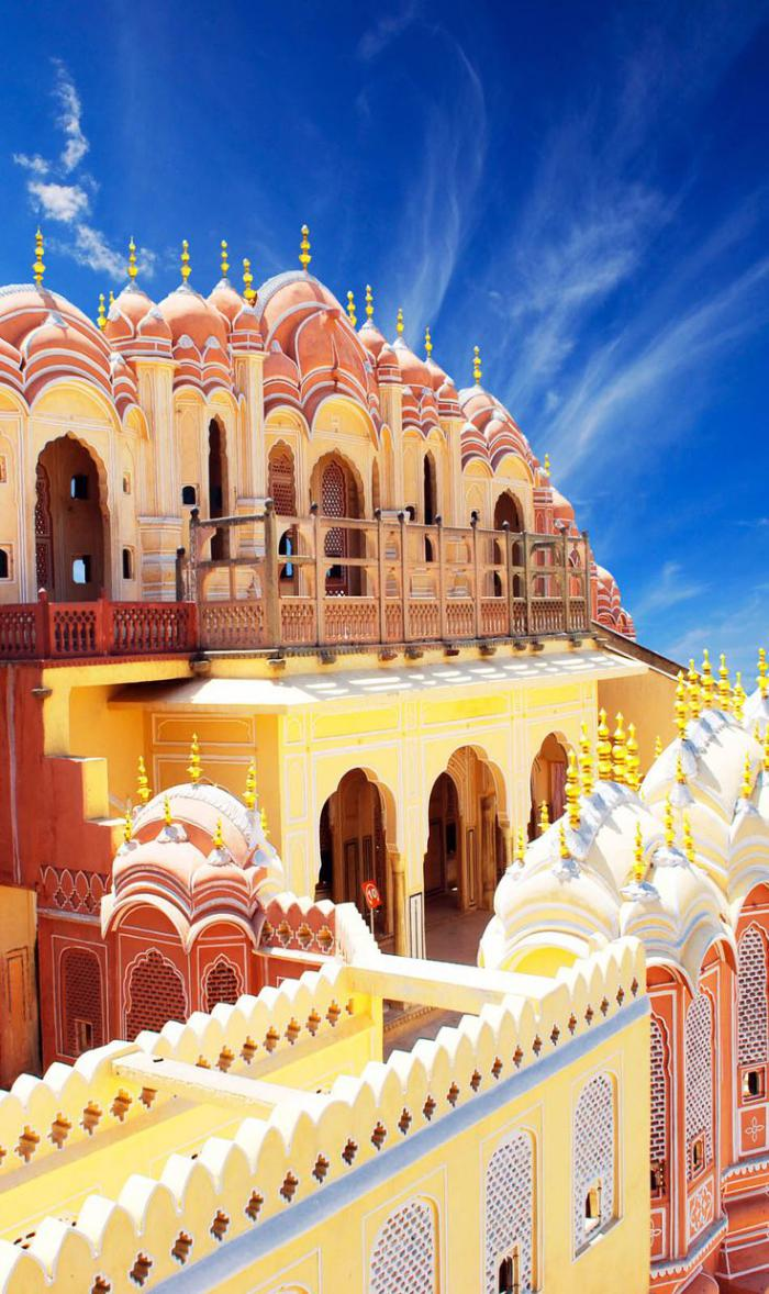 palais-indien-architecture-impressionnante-en-Inde