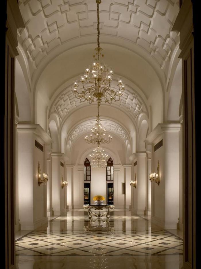 palais-indien-architecture-luxueuse-et-monumentale