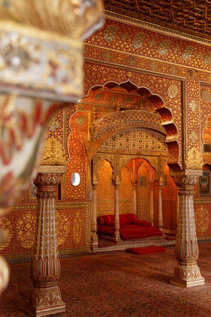 palais-indien-détail-de-l'architetcure-intérieure