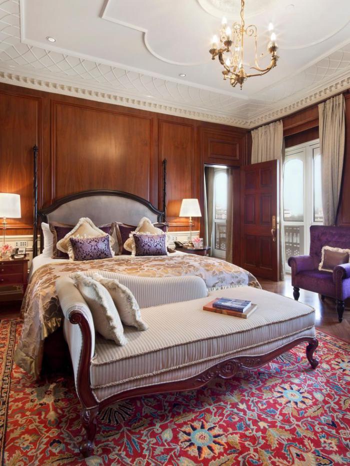 palais-indien-intérieur-luxueux-d'hôtel-palais