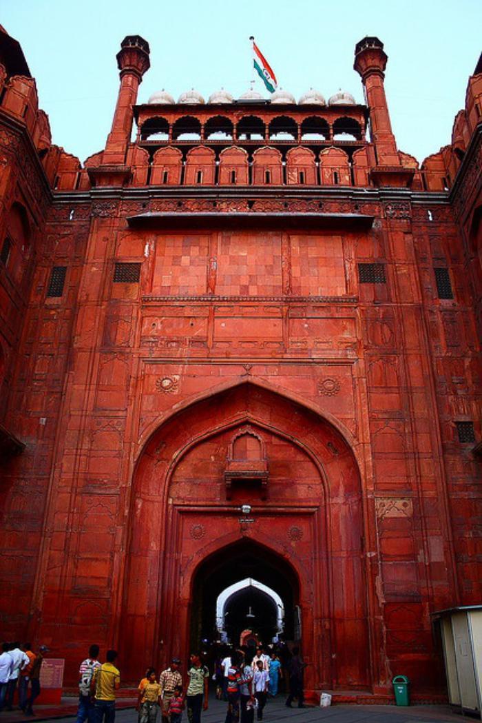 palais-indien-le-fort-rouge-vu-de-près