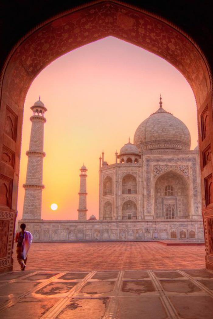 palais-indien-le-mausolée-temple-le-plus-romantique-du-monde