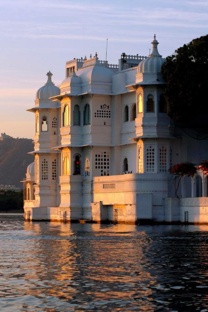 palais-indien-les-palais-flottants-de-l'Inde