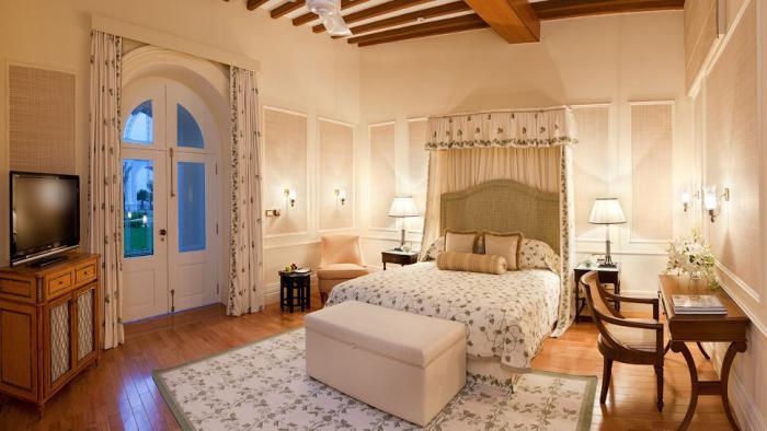 palais-indien-palais-Zenana-intérieur-luxueux-et-accueillant