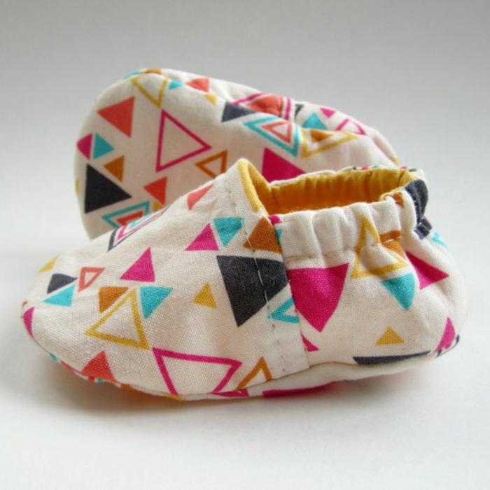 pantoufle-enfants-chausson-bébé-pantoufle-bébé-coloré