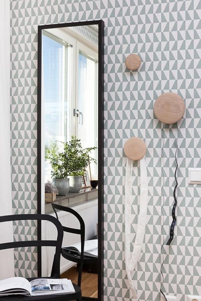 Choisir un papier peint de couloir original for Miroir wallpaper