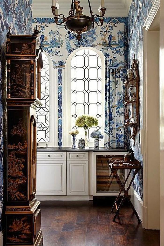 papier-peint-de-couloir-déco-antique-d'espace