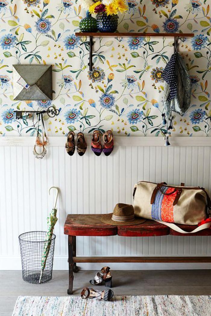 papier-peint-de-couloir-porte-manteau-minimaliste