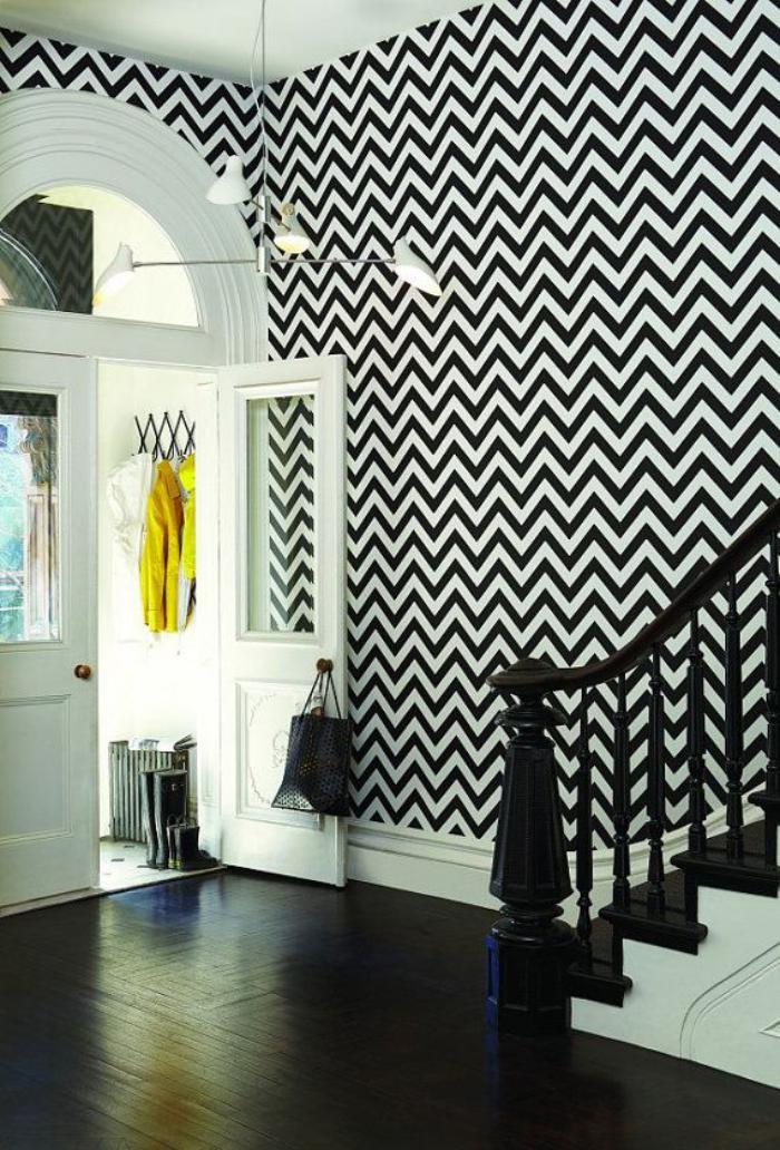 papier-peint-de-couloir-tapisserie-géométrique