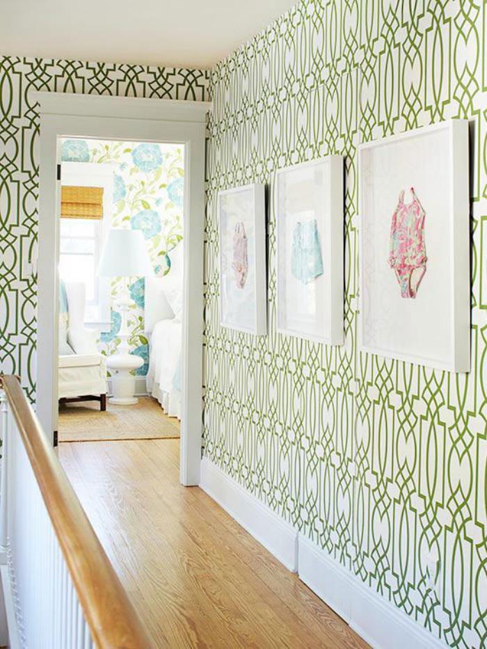 papier-peint-de-couloir-treillis-en-vert