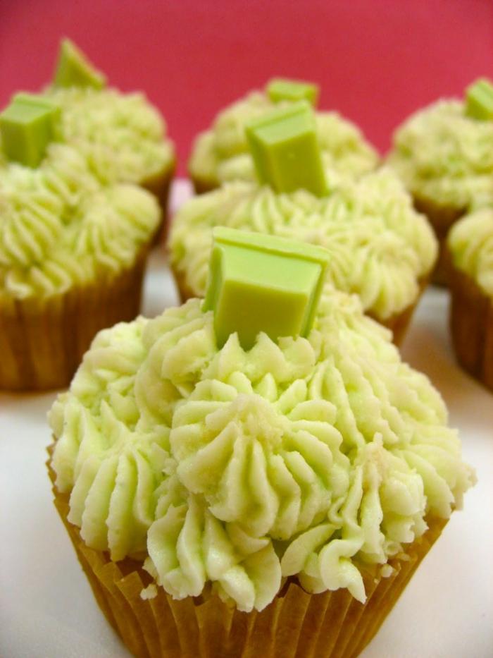 petit-gateau-cupcake-recette-déco-gateau-glacage-cupcake