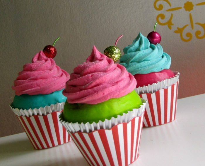 petit-gateau-cupcake-recette-déco-gateau-pop-couleurs