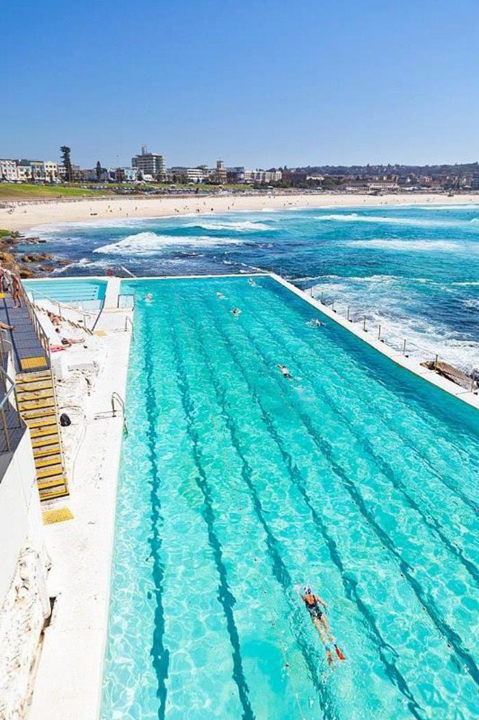 piscine-olympique-la-fameuse-piscine-de-la-plage-Bondi