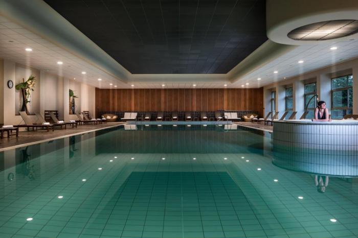 En recherche du meilleur bassin du type piscine olympique for Caluire piscine