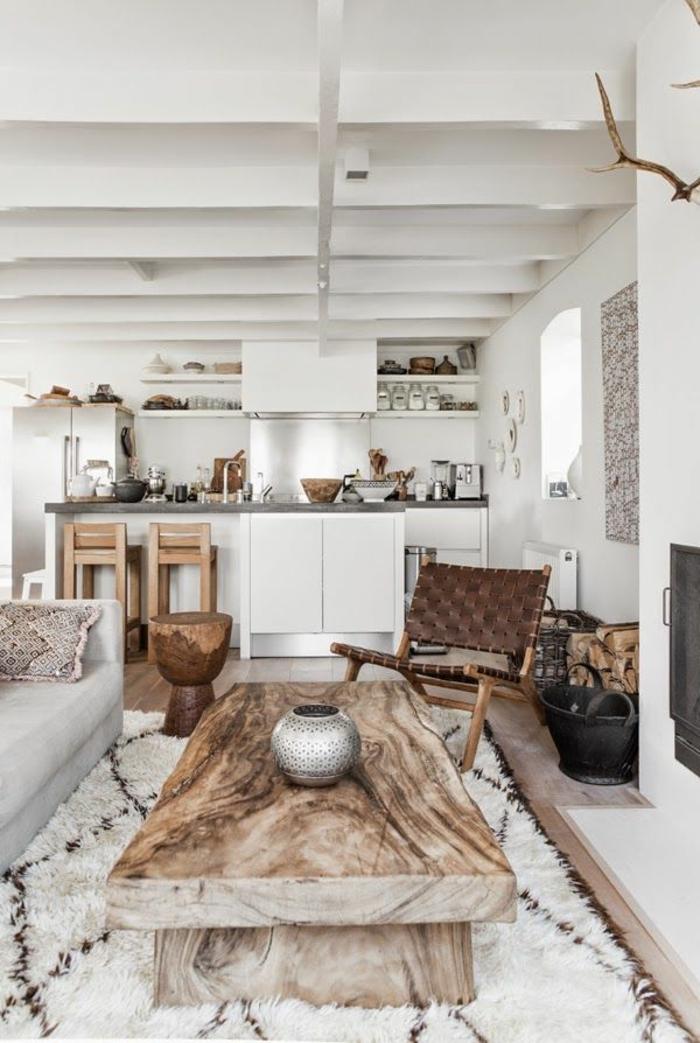 poutre-chene-poutre-decorative-peinté-de-blanc-pour-le-plafond-dans-le-salon-de-luxe
