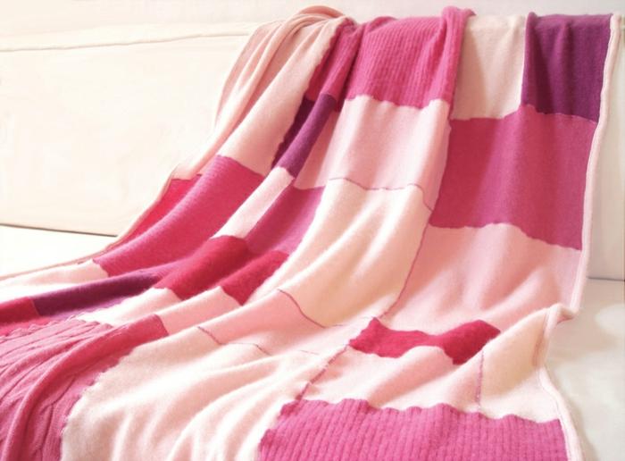 protege-canape-avec-un-plaid-pour-canapé-rose-pour-le-meilleur-canape