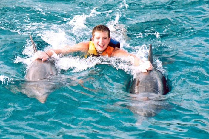réaliser-son-rêve-nager-avec-les-dauphins-marineland-la-joie