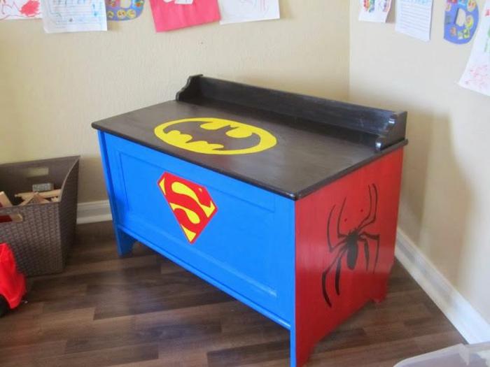 rangement-enfant-coffre-à-jouet-chambre-bébé-superhéro-batman-superman
