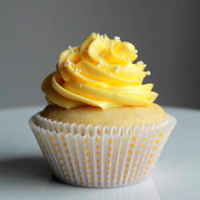 recette-cupcake-glacage-idée-originale-décoration-cupcake-vanille