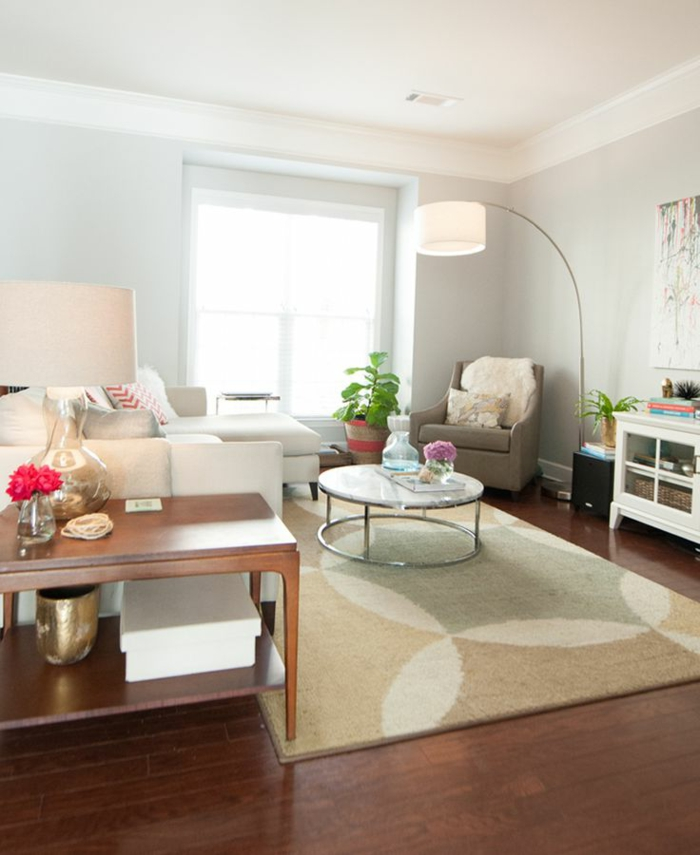 salon avec lampe en forme d arc tapis beige et jolie table ronde de salon sol en parquet fonc%C3%A91 5 Meilleur De Lampadaire Salon Arc Kdj5