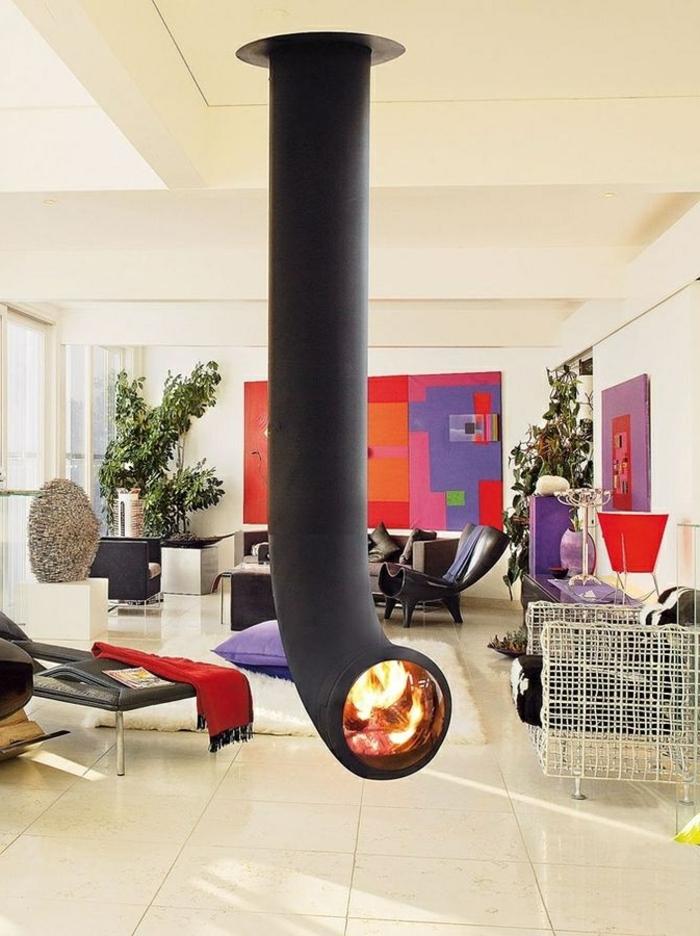 salon-bien-aménagé-salle-de-séjour-cheminée-au-centre-aménagement-cool