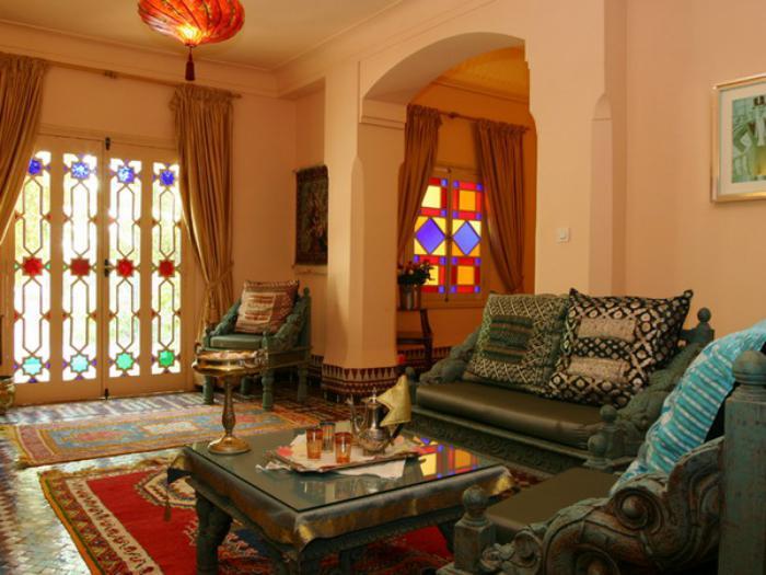 salon-marocain-moderne-intérieur-intéressant