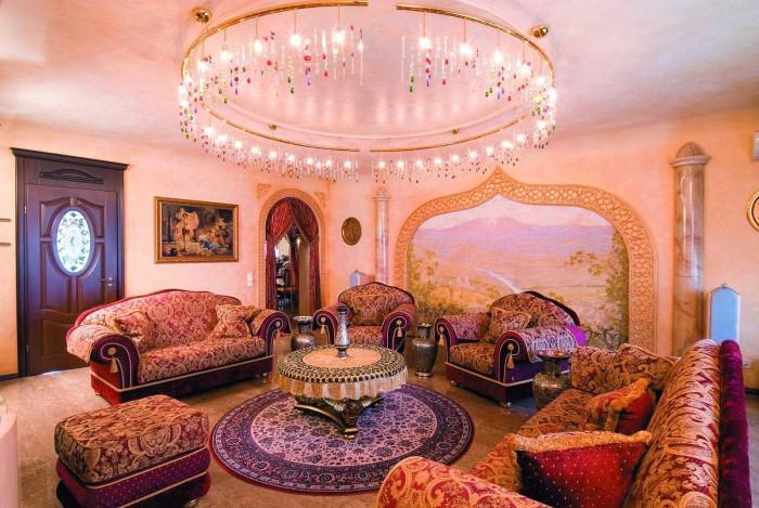 salon-marocain-moderne-aménagement-plantureux-super-magnétique